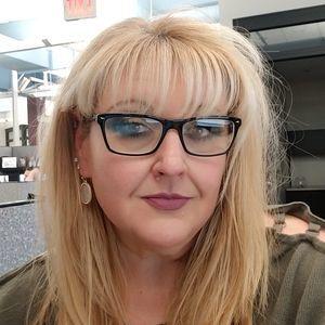 Meet your Posher, Kristine